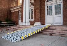 Rampa portátil para edificios