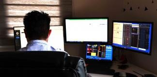 Tradeus reformuló su propio software financiero para la corredora de bolsa Van Trust Capital