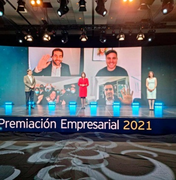 Fundadores de NotCo son reconocidos como Emprendedores del Año por EY y El Mercurio