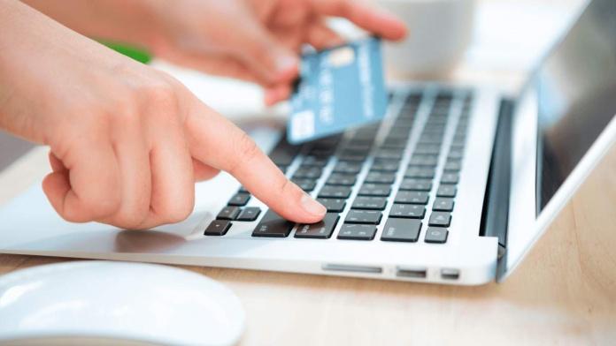 Plataforma transforma el pago con tarjeta de crédito en una transferencia y evitar aumentar tu morosidad