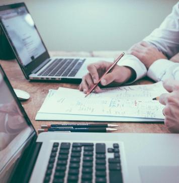 Salesforce amplía su oferta de servicios financieros con nuevos productos para la banca corporativa y de inversión