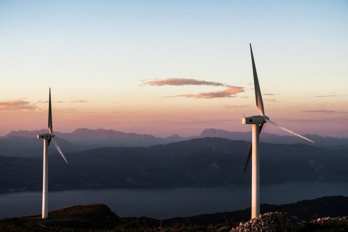 Reconocido comercializador de energía llega a Chile a ofrecer su innovador modelo de negocios