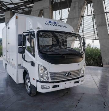 El primer camión eléctrico de Hyundai llegó a Chile para ser parte del Plan de Electrologística del Gobierno