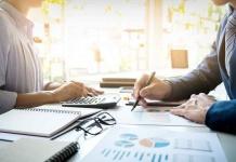 De acuerdo a datos del estudio de abogados tributarios Bustos Tax and Legal: Consultas de contribuyentes chilenos para trasladar inversión y patrimonio al extranjero aumentan en un 50%