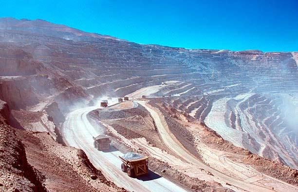 Industria clave: Destacados exponentes del sector exploraron caminos para prevenir, controlar y mitigar la fatiga humana al interior de las operaciones mineras
