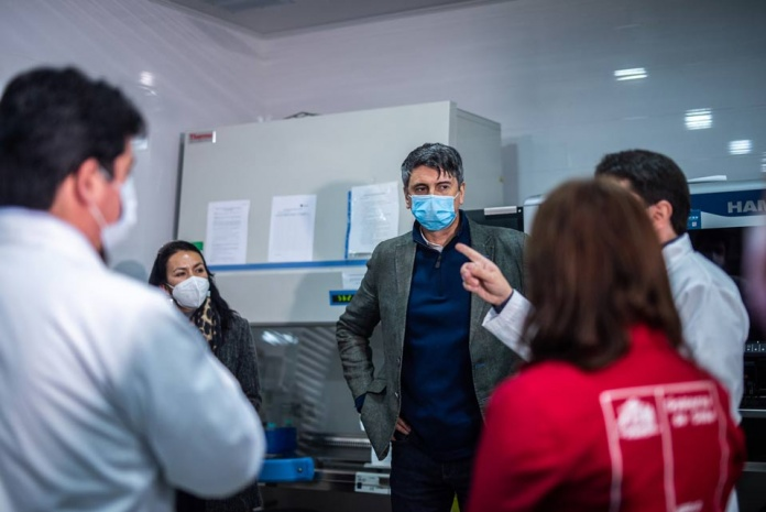 MinCiencia completa presencia de la red universitaria de vigilancia genómica en sus cinco Macrozonas con la incorporación de la UDA y UV